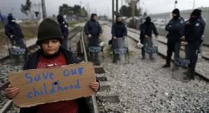 HRW: Yunanistan sığınmacı çocukları hücrelerde tutuyor