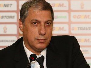 Galatasaray'lı yöneticiden maçın hakemine gönderme