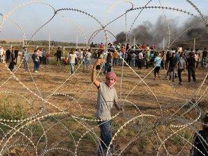 İsrail, 'zorla besleme' kararından geri adım atmıyor