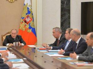 Putin kurmaylarıyla yeni Suriye anlaşmasını görüştü