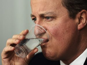 Cameron, milletvekilliğinden de istifa ediyor
