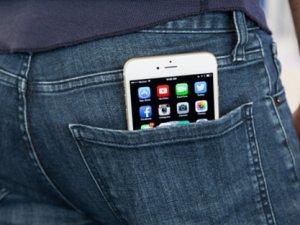 Telefonu arka cebindeyken patladı!