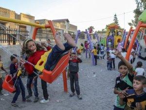 Cerablus'ta temizlenen DAİŞ'in enkazı çocukların oyun alanı oldu