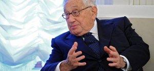 Kissinger: Rusya ve ABD daima diyalog kurmalı