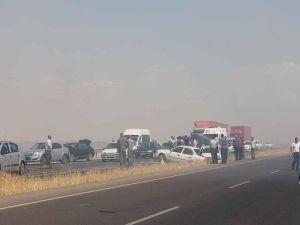 Anız yangını kazaya neden oldu: 20 yaralı