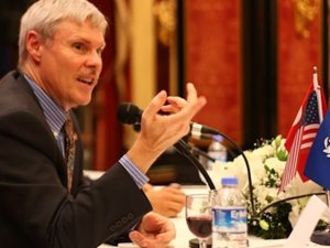 Eski ABD İstanbul Başkonsolosu görevi kötüye kullanmakla suçlanıyor
