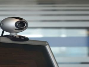 FBI'dan bilgisayar kullanıcılarına kamera uyarısı