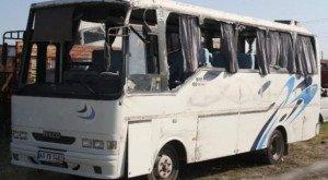 Tarım işçileri taşıyan minibüs kaza yaptı