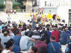 Tunceli'de 419 öğretmen ve kamu görevlisi görevlerine iade edildi