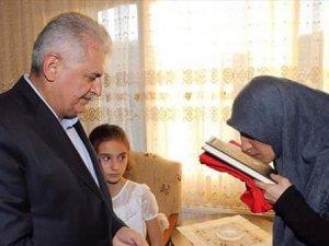 Başbakan Yıldırım'dan şehit ailelerine ziyaret