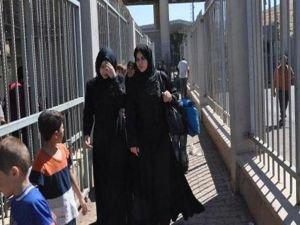 Suriyeliler dönüş yolunda