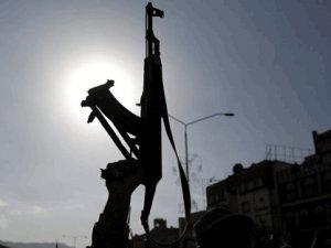 Husiler, Suudi Arabistan'a balistik füzeyle saldırdı