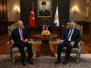 Başbakan Yıldırım, Kılıçdaroğlu görüşmesi başladı!