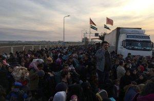 80 bin sivil Türkiye sınırlarında
