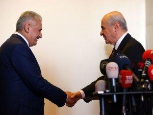 Başbakan Yıldırım ile MHP lideri Bahçeli telefonda görüştü