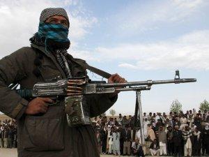 Afganistan'ın büyük bölümü Taliban kontrolünde!