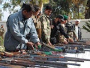 Afganistan Taliban arasında barış görüşmeleri