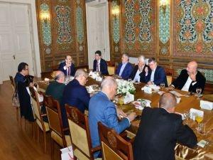 Yekta Saraç gazetecilerle bir araya geldi