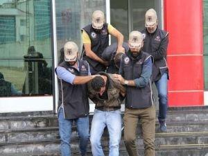 Van'da 3 kız PKK'dan kurtarıldı