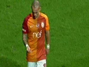 Sneijder'dan ilginç hareket