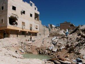 Halep'te gerçekleştirilen bombardımanda 30 kişi öldü