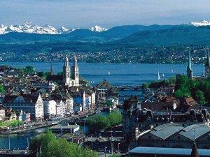 İsviçre'de referandum: İstihbarın yetkileri artırıldı