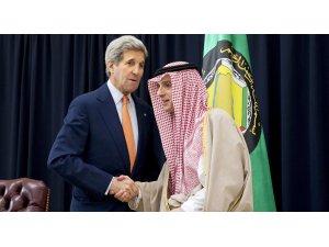 Kerry, Suudi Arabistan Dışişleri Cubeyr ile görüştü