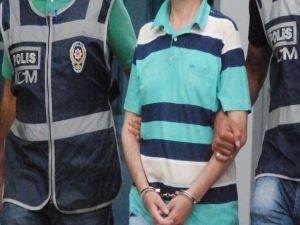 Sosyal Medyada PKK'y övdü, tutuklandı!