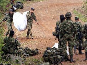 FARC, terör örgütü listesinden çıkardı
