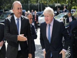 Çavuşoğlu ve Boris Johnson  basın toplantısı düzenledi