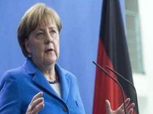 Merkel: Brexit, Avrupa'nın kalanı için uyarı atışı oldu
