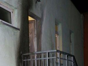 Almanya'da camiye patlayıcı atıldı