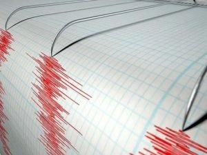 Akdeniz'de deprem paniğe neden oldu