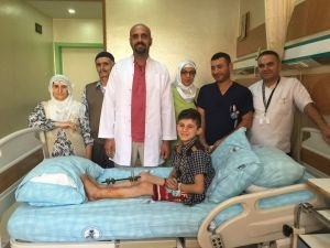10 Yaşında çocuğun bacağı kesilmekten kurtarıldı