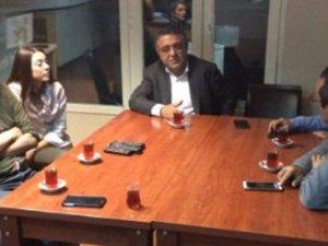 CHP'den PKK'nın televizyonuna destek ziyareti