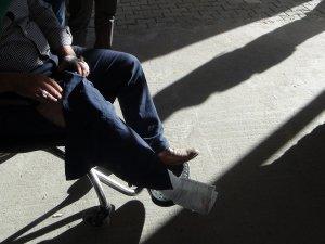 Silvan'da Okul müdürü silahlı kişilerce kaçırılmak istendi