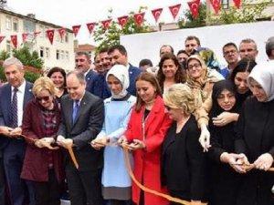Erdoğan'ın Kızı Sümeyye golf sahası açılışına katıldı