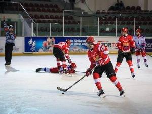 Zeytinburnu Buz hokeyinde  Avrupa Şampiyonu