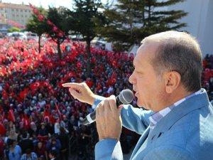 Cumhurbaşkanı Erdoğan: Kaçacak delik arıyorlar