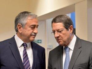Kıbrıslı liderler, referandumdan söz edilebilir
