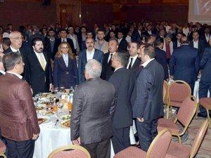 Van'da aşiretler toplandı: PKK'yı lanetliyoruz, devletimizle beraberiz