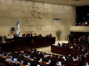 İsrail, Peres'in cenazesini boykot eden Filistinli vekilleri hedef aldı