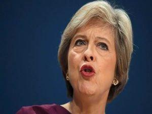 May: İngiltere'deki AB yurttaşlarının yasal hakları korunacak
