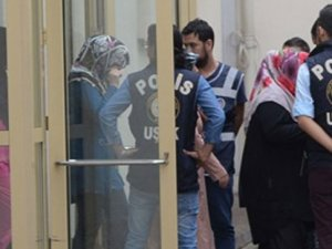 FETÖ'cü doktor ablalar tutuklandı