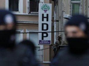 HDP ve DBP binalarında FETÖ yayınları bulundu