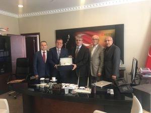 ATO Başkanı Bezci, Gelir İdaresi Başkanı Ertürk'ü ziyaret etti