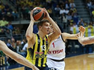Fenerbahçe'de galibiyet sevinci