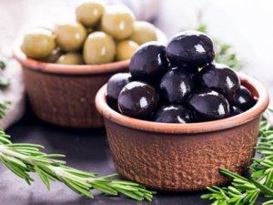 Bol bol zeytin yağını kullanan hastane yolunu unutur