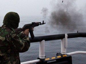 Kuzey Kore bandıralı balıkçı gemisine saldırı, 1 kişi öldü