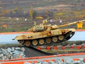 Vietnam, Rus tanklarından vazgeçmiyor